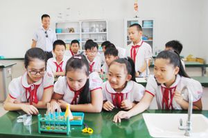 Tăng quyền tự chủ: Trách nhiệm xã hội đối với các cơ sở giáo dục
