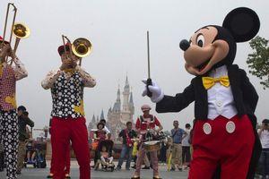 'Chuột Mickey' bị hành hung ở Trung Quốc