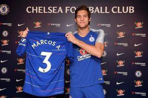 Chelsea giữ chân thành công hậu vệ 'thần tài'