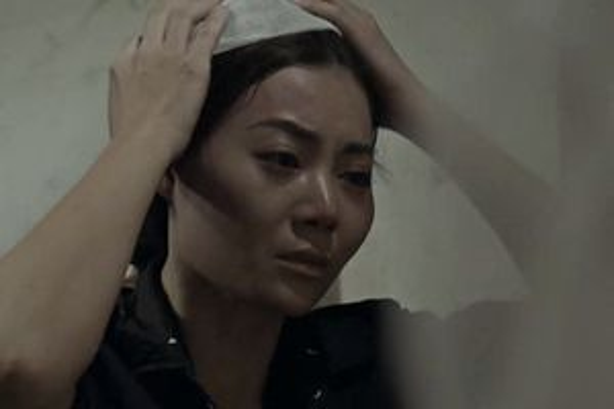Showbiz 25/10: Biên kịch 'Quỳnh búp bê' hé lộ kết phim bi đát