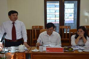 Bí thư Tỉnh ủy Kon Tum làm việc với lãnh đạo chủ chốt TAND tỉnh