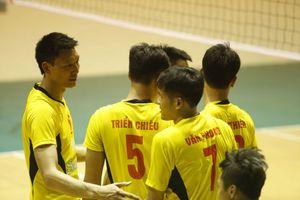 Sanest Khánh Hòa và TP. Hồ Chí Minh gặp nhau ở CK giải bóng chuyền Cúp Sanatech 2018