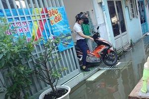 Khốn đốn mùa triều cường ở TP Hồ Chí Minh