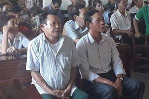Hai cán bộ thôn đi tù do chiếm đoạt tiền của dân