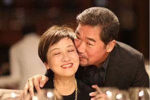 Sao phim 'Tể tướng Lưu gù' Trương Quốc Lập-Đặng Tiệp hạnh phúc bên nhau trong ngày đặc biệt