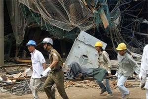 Một công nhân tử vong khi thi công tại KCN cảng biển