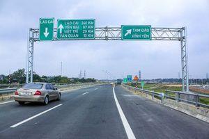 Phân luồng cao tốc Nội Bài-Lào Cai để sửa đường tránh cầu Ngòi Thủ