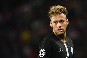 Bị Napoli cầm hòa, Neymar 'trút giận' lên HLV trưởng