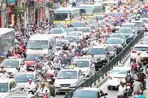 Hà Nội 'bốc hơi' 1 tỷ USD mỗi năm do ùn tắc giao thông
