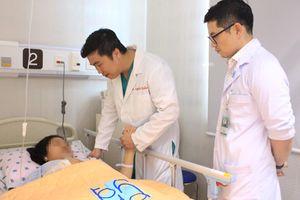 Cứu sống thai phụ có túi phình mạch máu não nguy hiểm