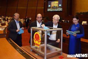 Quốc hội bỏ phiếu kín lấy phiếu tín nhiệm 48 chức danh