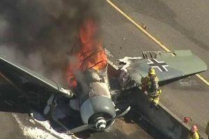 Máy bay vỡ tan sau khi rơi xuống đường cao tốc Mỹ và diễn biến kỳ diệu