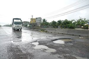 Trạm BOT Bắc Bình Định phải dừng thu phí vì đường xuống cấp