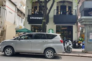 Khách phàn nàn mất Macbook ở Starbucks nhưng không được xem camera