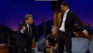 Ibra biểu diễn điệu nhảy 'Backpack Kid' trên truyền hình Mỹ