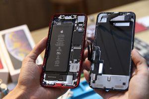 Bên trong iPhone XR vừa về VN - 1 pin, dung lượng 2.942 mAh