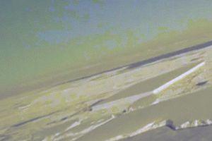 Phát hiện thêm tảng băng hình hộp vuông như có người cắt ở Nam Cực