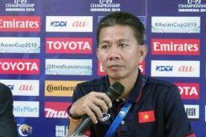 HLV Hoàng Anh Tuấn hài lòng về các học trò sau trận gặp Hàn Quốc