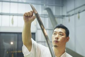 Đam mê của nghệ nhân rèn kiếm Nhật Bản