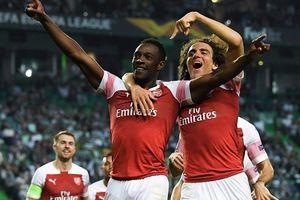 Welbeck trừng phạt sai lầm, Arsenal nối dài chuỗi trận thắng