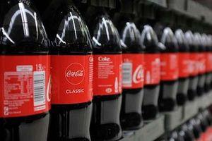 Cho con uống toàn Coca-Cola, bố nghiện rượu phải ngồi tù