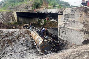 Cầu tạm xuống cấp, cao tốc Nội Bài – Lào Cai lại cấm xe tải lớn