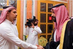 Con trai nhà báo Khashoggi rời Saudi Arabia đến Mỹ