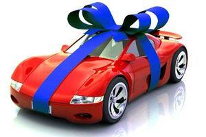 Sáng cười: Vợ mừng hụt vì tưởng chồng tặng siêu xe