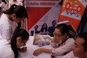 936 cơ hội việc làm cho sinh viên ĐHQG Hà Nội trong Ngày hội tư vấn hướng nghiệp