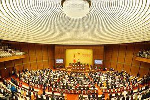 Quốc hội thảo luận tại Hội trường đánh giá tình hình kinh tế-xã hội