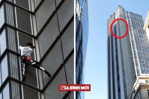 Thót tim chứng kiến 'người nhện' tay không leo lên tòa tháp cao 202 mét