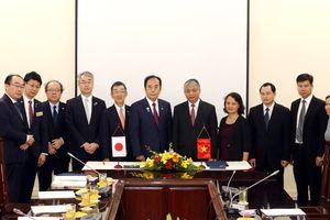 Ký thỏa thuận với tỉnh Saitama – Nhật Bản về sử dụng lao động.