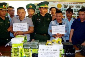 Hà Tĩnh: Triệt phá đường dây buôn ma túy khủng, thu giữ hơn 30kg ma túy đá