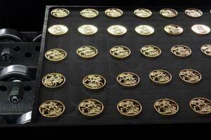 Chính phủ Anh 'tuýt còi' tiền số bảo chứng bởi vàng 'dựa hơi' tổ chức 1.100 tuổi