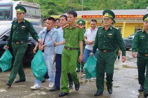 Hà Tĩnh: Bắt 2 đối tượng mang 4 tải ma túy trên ô tô từ Lào về Việt Nam tiêu thụ