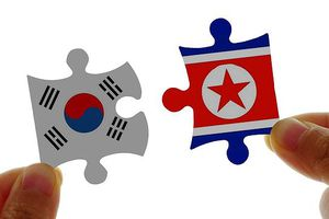 Hàn Quốc và Triều Tiên bắt tay hợp tác, Mỹ dè chừng