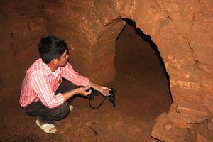 Ly kỳ chuyện 'yểm trinh nữ' giữ kho vàng trong ngôi mộ khổng lồ ở Quảng Ninh
