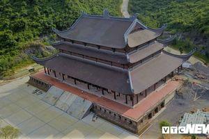 Ngắm chùa Tam Chúc sở hữu thiên thạch Mặt Trăng từ trên cao