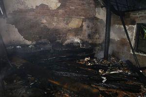 Hai vụ cháy dữ dội trong đêm ở Nghệ An