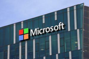 Vượt Amazon, Microsoft trở thành công ty giá trị thứ 2 thế giới