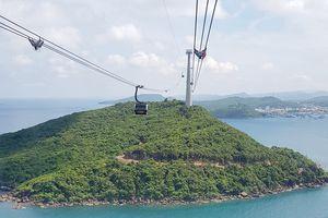Mất điện, cabin cáp treo ở Phú Quốc lơ lửng