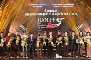 Nhiều sắc màu trong lễ khai mạc Liên hoan phim quốc tế Hà Nội lần V
