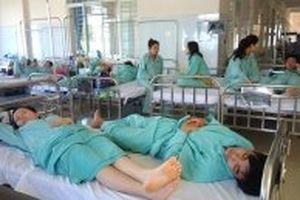 99 công nhân nhập viện sau bữa ăn trưa tại Đồng Nai