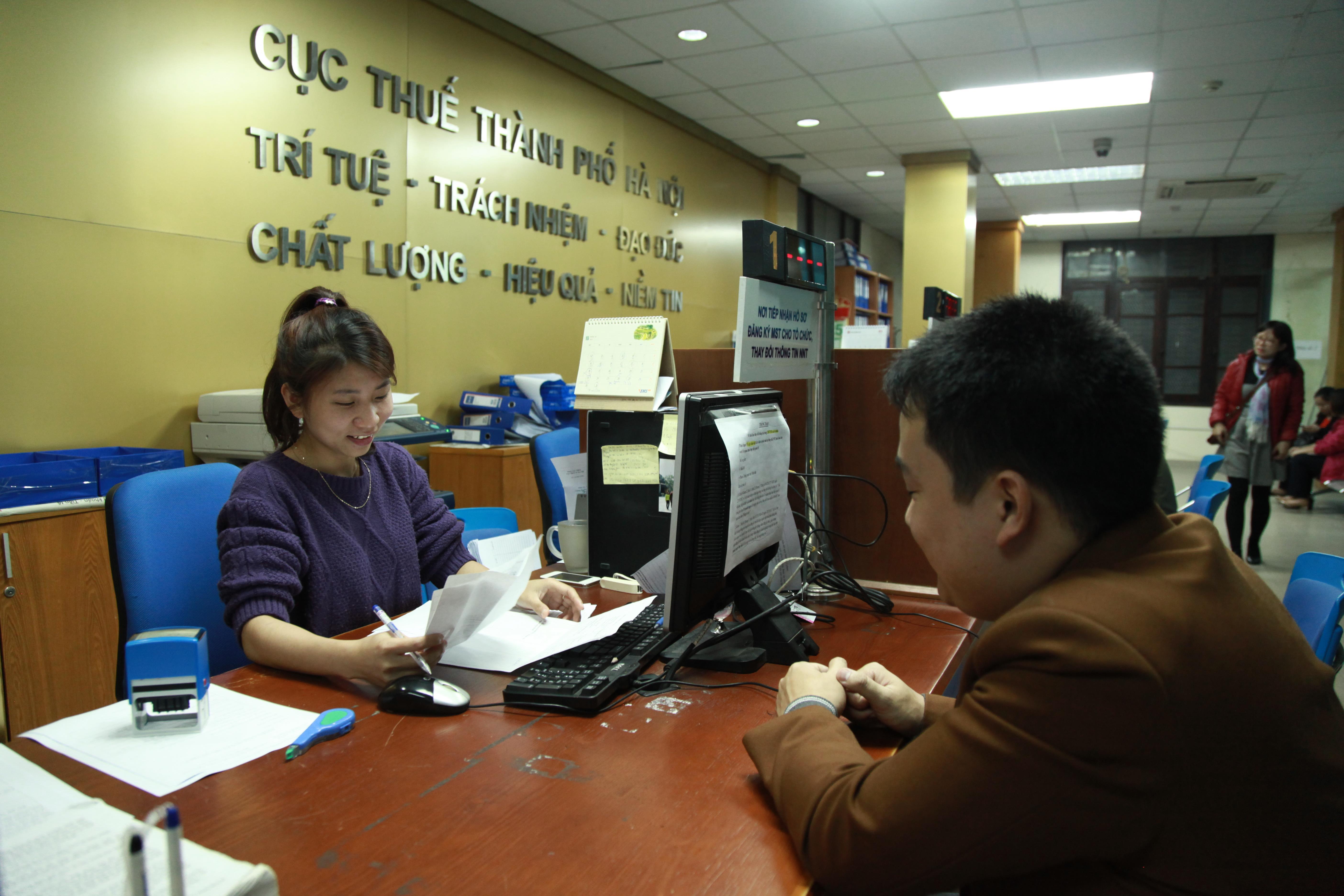 Ngành thuế Hà Nội quyết liệt giảm nợ đọng thuế