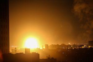 Israel không kích phá nát 80 mục tiêu Hamas, Dải Gaza rực lửa