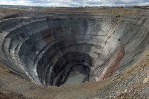 Mục sở thị mỏ kim cương sâu nhất trái đất
