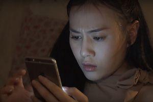 'Quỳnh búp bê' tập 21: Quỳnh hoảng loạn vì quá khứ làm gái bị bại lộ