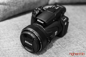 Mở hộp máy ảnh siêu zoom Nikon Coolpix P1000: dải zoom 24-3000mm, quay phim 4K
