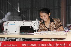 Trăn trở nghề may chăn đệm Thạch Đồng