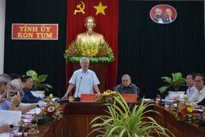 Đoàn khảo sát của Hội đồng Lý luận Trung ương làm việc tại Kon Tum